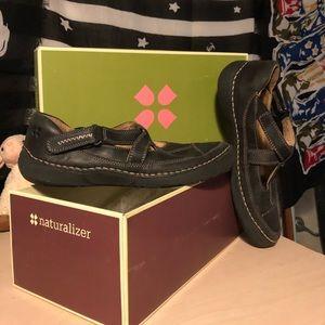 Shoes - Naturalized walking shoe